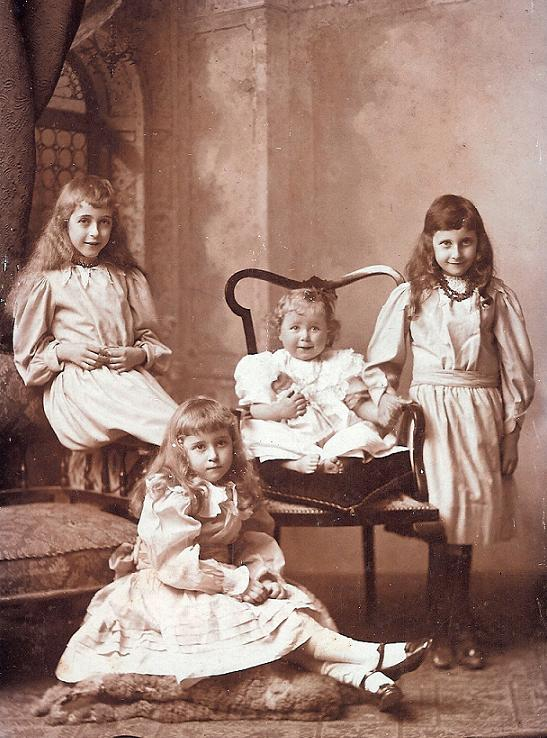 Children of Charles and Madeline Gerhardt.